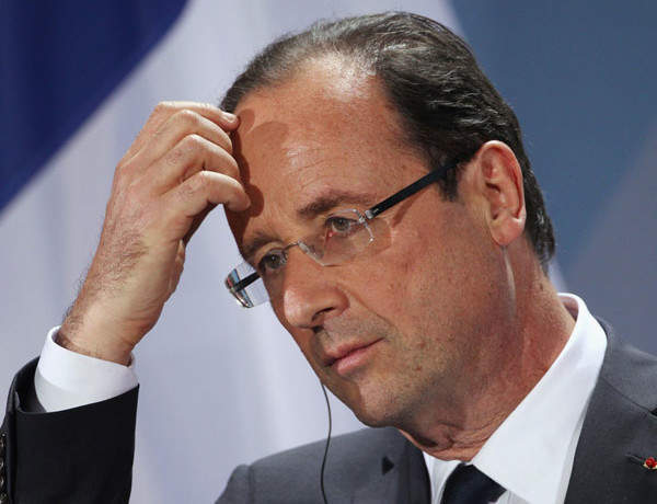 Hollande and Merkel's foot-in-mouthism helps nobody