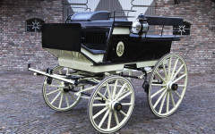 Champagne carriages on sale at Bonhams will pop your cork