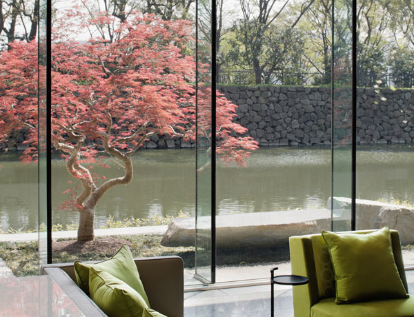 The Palace Hotel Tokyo offers royal service – and royal vistas