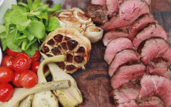 Guest Recipes: Bel & the Dragon's Chateaubriand of beef and bacon popcorn