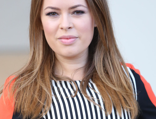 Tanya Burr net worth