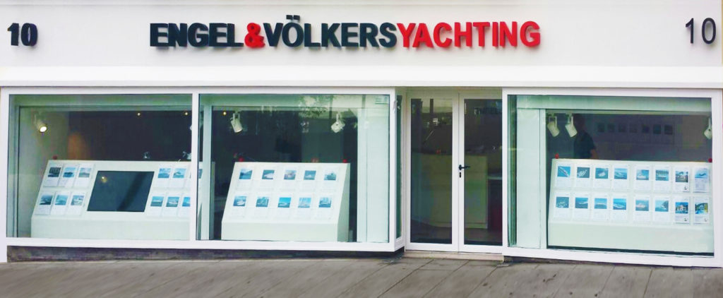 Engel & Völkers opened a new yachting shop in Antibes. The service offer includes the brokerage and charter of yachts, as well as managing new constructions and refits.