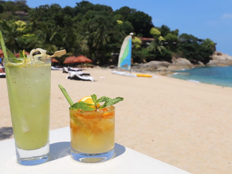 The Tongsai Bay, Thailand, replaces plastic straws with lemongrass