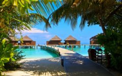 veligandu-island-in-maldives-holiday-water-houses