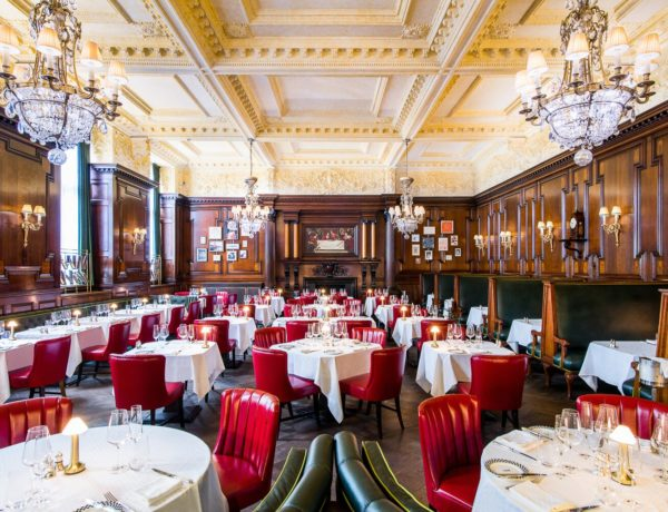 Simpson's-in-the-Strand review: 'assiduously presented, and served with cheerful warmth'