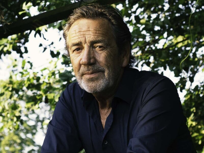 Robert Lindsay: 'The government does not seem to want to support the creative arts as much as we would like'