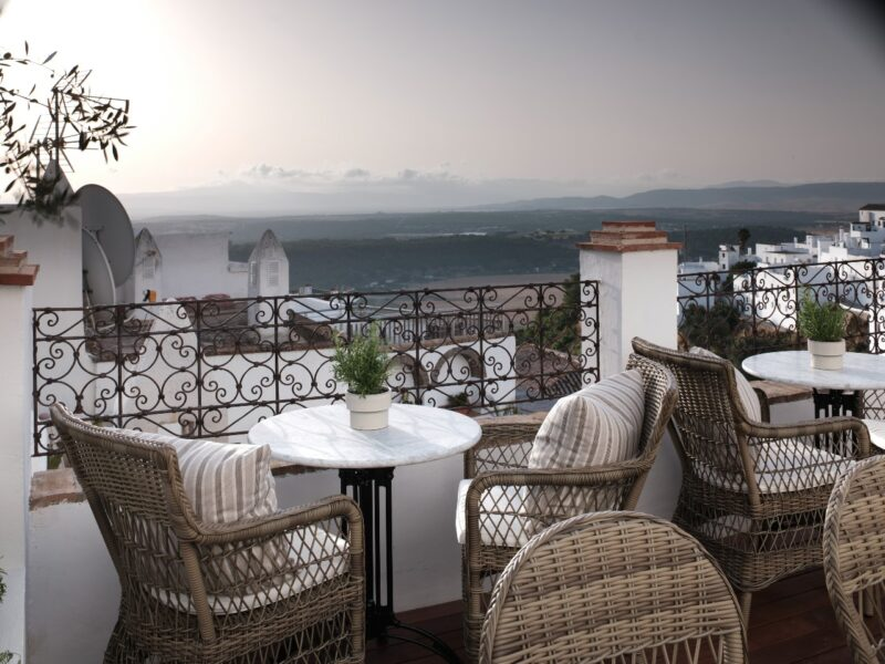 Plaza 18, Andalucia review: 'Restrained glamour that captivates from the first steps'